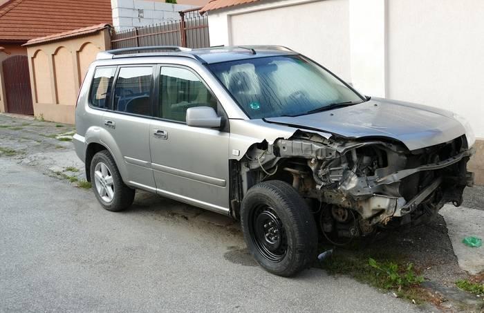 Samochód zastępczy z OC sprawcy – kiedy się należy, na jak długo przysługuje
